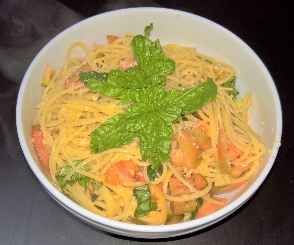 spaghetti alla chitarra all'insalata