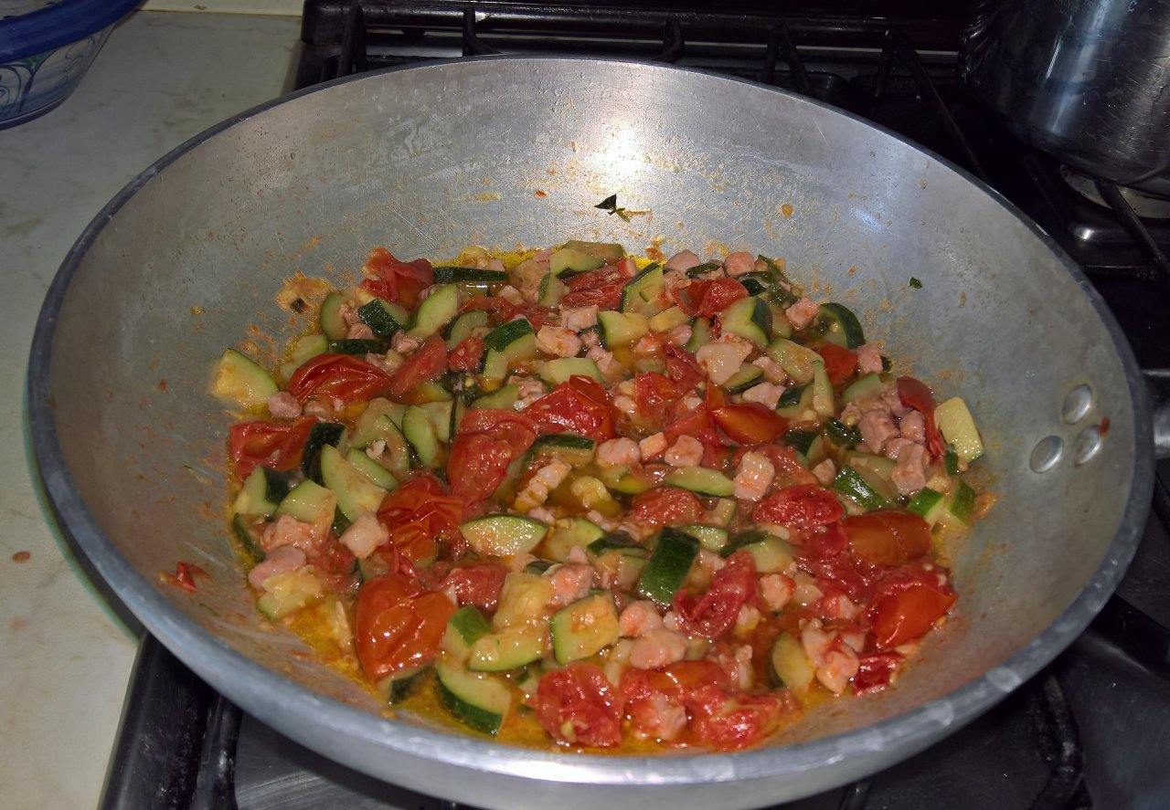 Rigaoni pancetta e zucchine